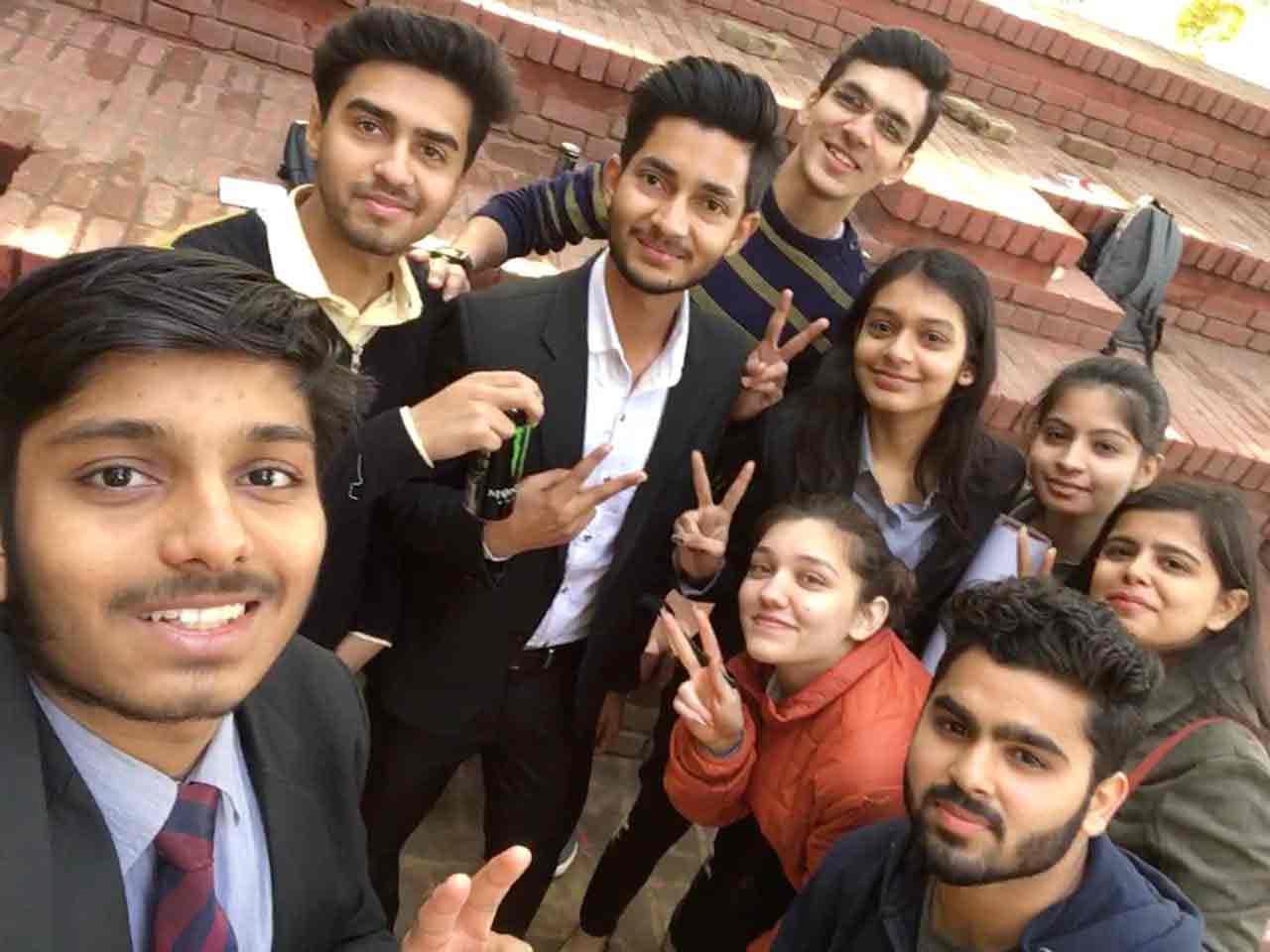 ASB students @ Kamala Nehru College's Annual Economics Fest, 'ECOPHORIA 2019'!