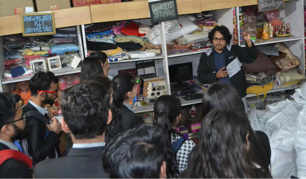 CSR Club Activity: NGO-GOONJ Visit and Poster Presentation Competition