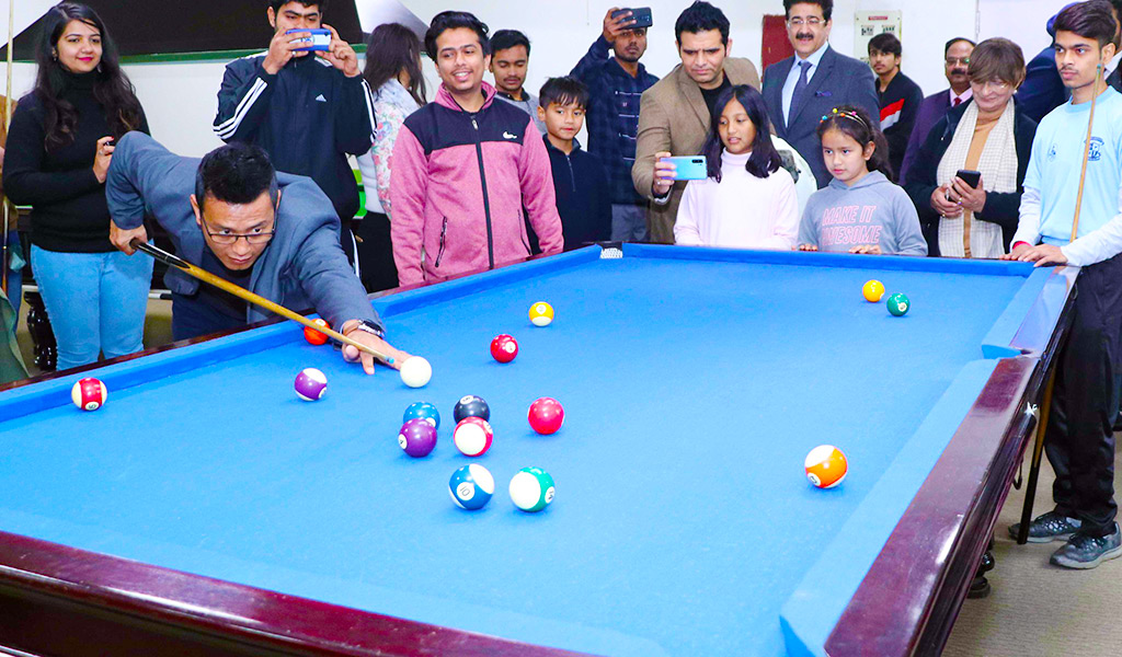 bhaichung-bhutia-at-asb-asian-school-of-business-noida-pool-athleema-2020