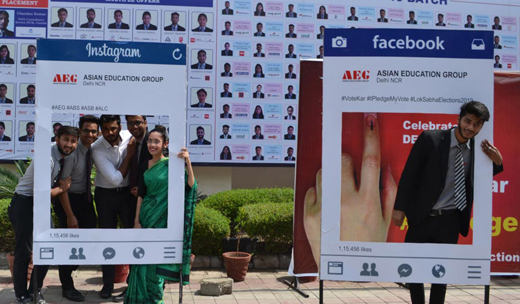 Students of ASB join #IPledgeMyVote campaign for a better India with full enthusiasm!