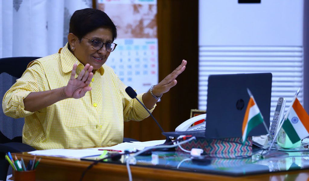 """DR. KIRAN BEDI's Live Session on """"IMPORTANCE OF DISCIPLINE & INTEGRITY IN EVERYDAY LIFE"""" for ASB BBA & BCA Students!"""